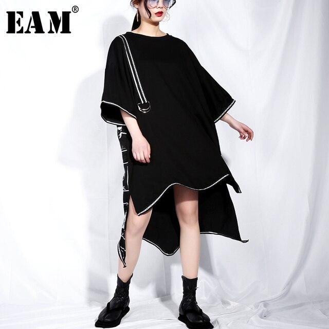 [EAM] 2019 New Spring Summer Round Neck Short Sleeve Black Big Size Letter Printed Irregular Hem Dress Women Fashion Tide JQ326