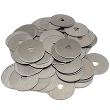 200pcs 28mm Rotary Cutter Circular Spare Blades Rotary Cutter Refill Blades Sewing Quilt Mat Card Cuts Fabric Leather Paper