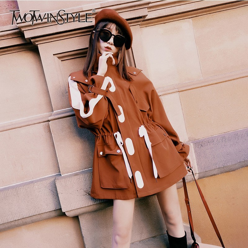 TWOTWINSTYLE Casual Women's Windbreaker Long Sleeve Hit Colors Drawstring Hooded Trench Coat Female Korean Overcoat 2018 Autumn