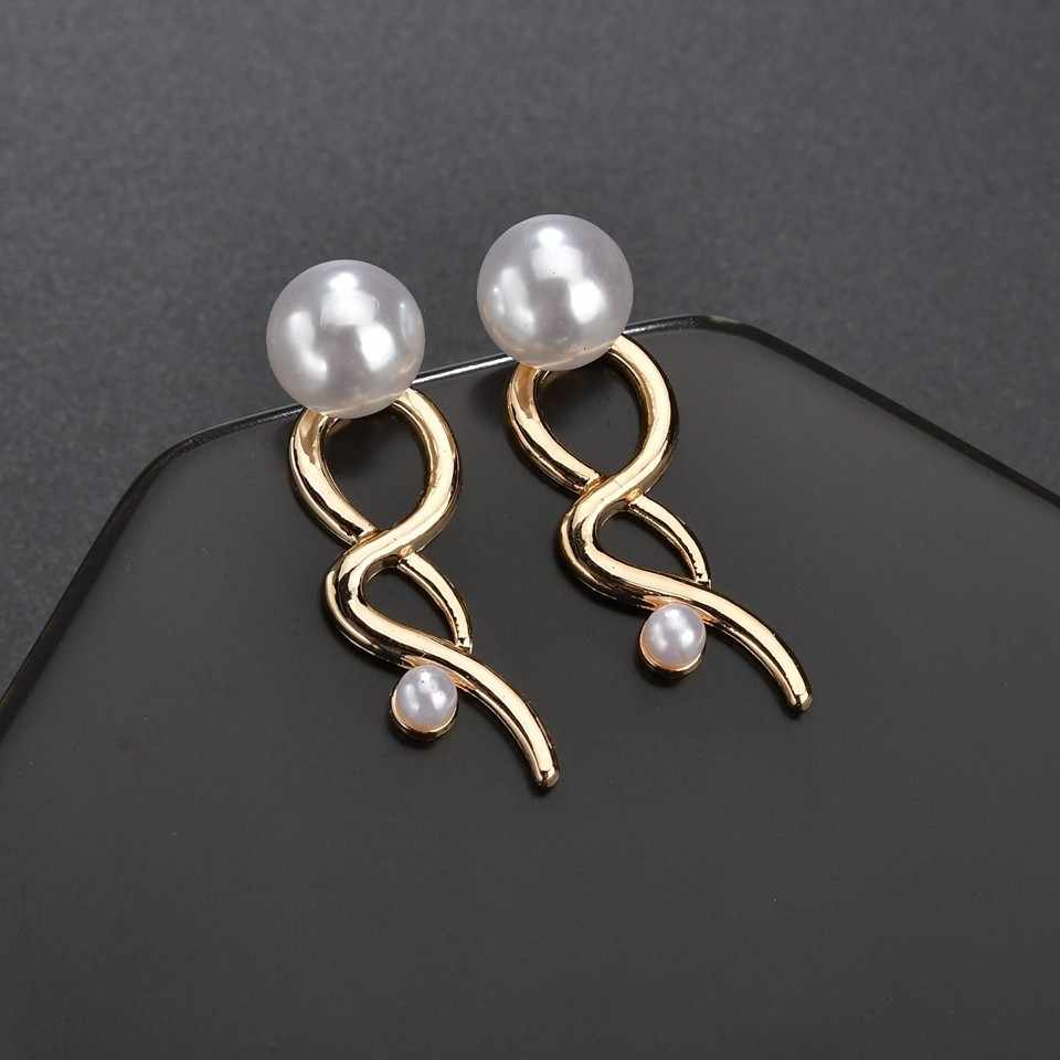 Pearl Earrings Ladies Jewelry Elegant Cute Fashion Gold Earrings Girlfriends Gift Heart-shaped Flower Hollow Twist Line Earrings