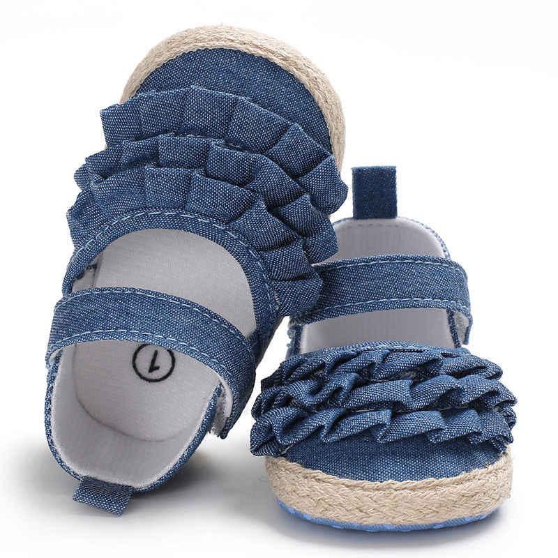 Новинка 2019 года; брендовая Летняя детская обувь для новорожденных девочек; детская обувь с мягкой подошвой для малышей, начинающих ходить; нескользящая однотонная обувь с оборками для первых шагов