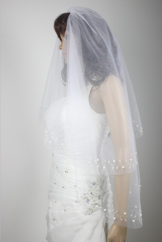2 tier Elbow Length Bridal Veil hand beads embroidered White Beige wedding veil& comb