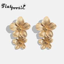 524a33f75 Flatfoosie Fashion Geometric Long Stud Earrings For Women Wedding Vintage  Flower Gold Color Punk Statment Gifts