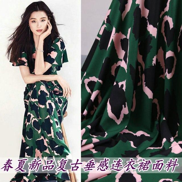 Spring and summer new green leopard print clothing fabric Hand cloth diy holiday dress long skirt drape fabric micro-elastic