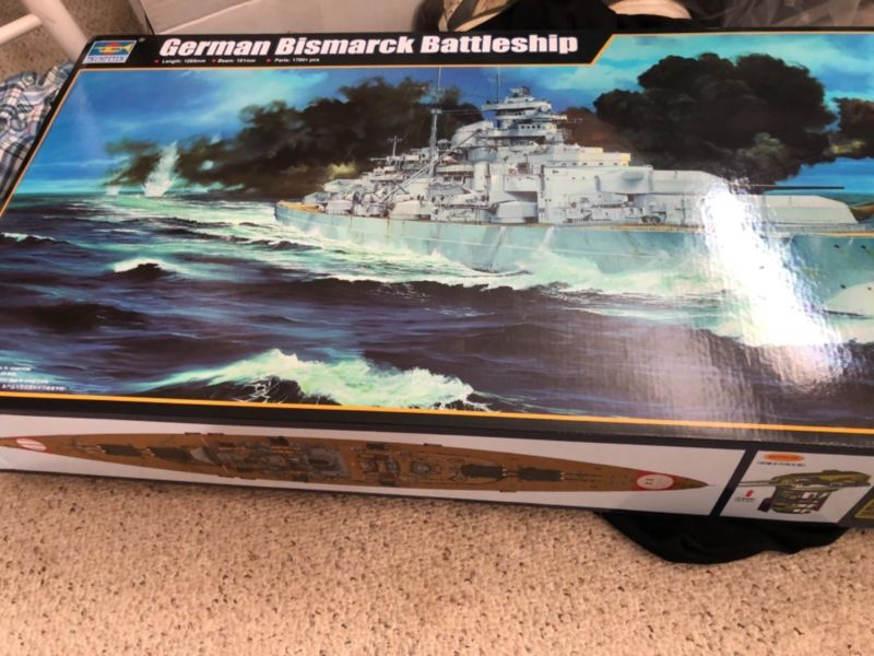 <font><b>Trumpeter</b></font> 03702 1/200 Scale Warship German KM Bismarck Battleship Static Model TH05785-SMT2 image
