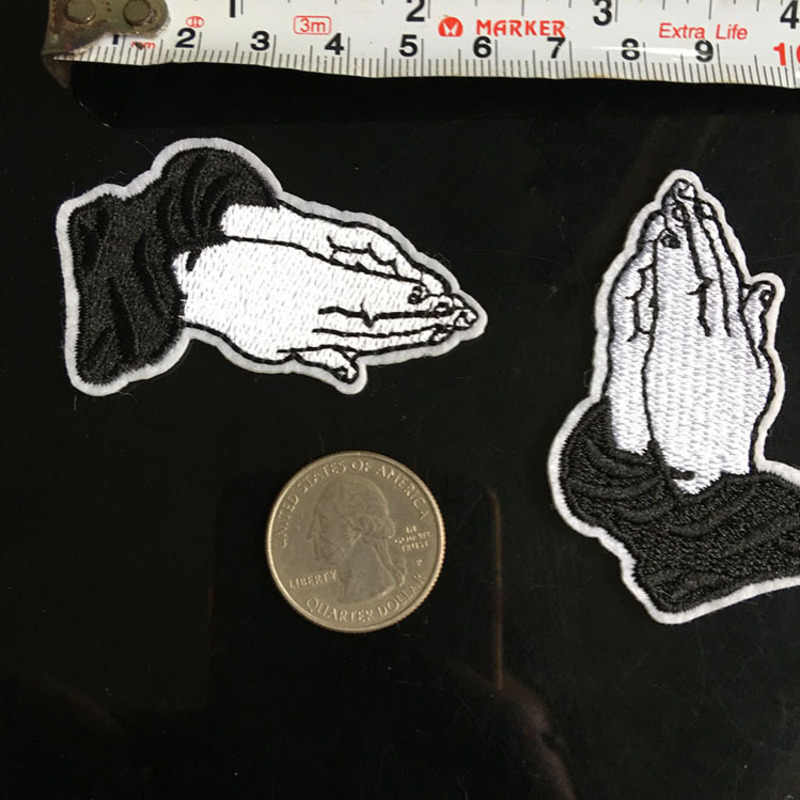 1Pcs Embroidery Pray Hand Patches Black And White Gesture Iron On Patches Punk Motif Applique DIY Clothes Accessory Stickers