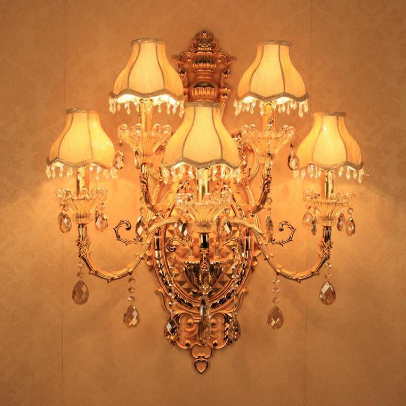 Фойе большой 5 руки золото светодиодный настенный светильник для гостиной гостиничном номере большой ткань тени с украшением в виде криста