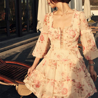 Шелковое облегающее мини платье CORSAIR с оборкой и корсетом