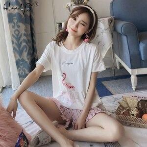 Image 2 - Pyjama à col rond imprimé dessin animé, haut et Short, devant, ensemble pyjama manches courtes pour femmes, ensemble 2018