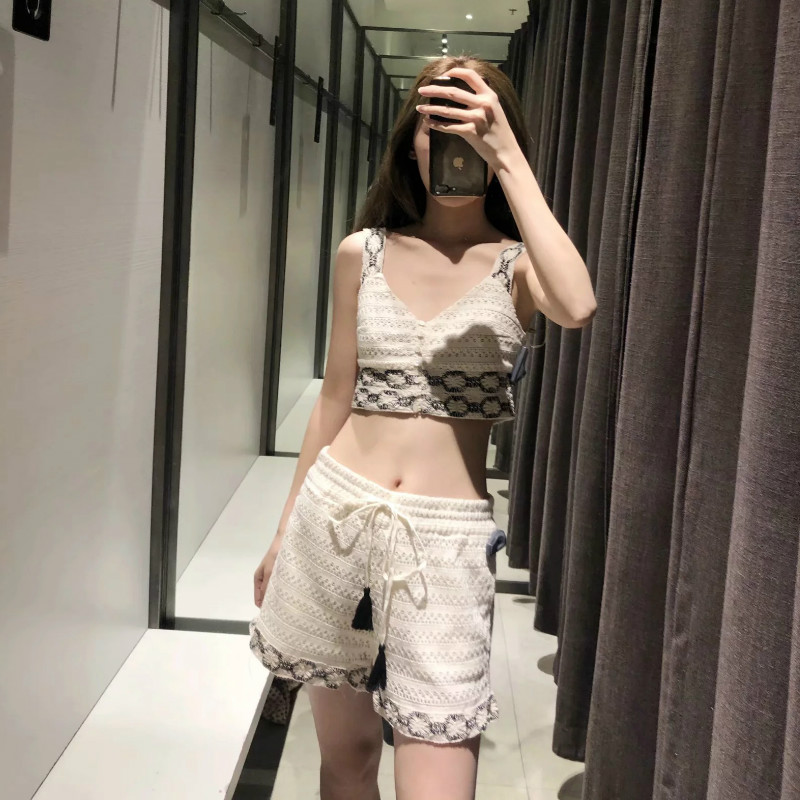 Set female 2019 summer new women 39 s fashion temperament crochet short sling jacket casual shorts shorts two piece in Women 39 s Sets from Women 39 s Clothing