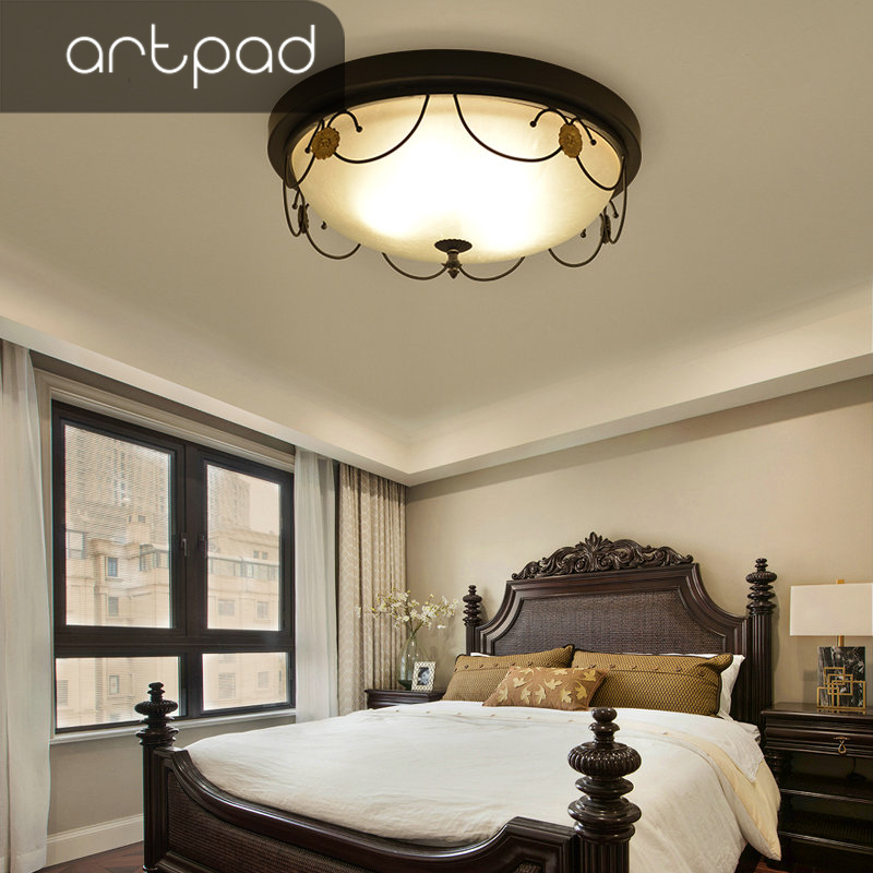 Artpad American Country Style Black Iron Frame Ceiling
