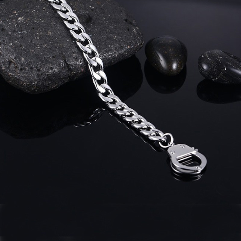 2019 stainless steel men handcuffs bracelet accessories women chain link charm personalized couple men bracelet jewelry in Cuff Bracelets from Jewelry Accessories