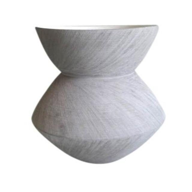 Contemporary Style Ceramic Angular Scratch Vase, Gray