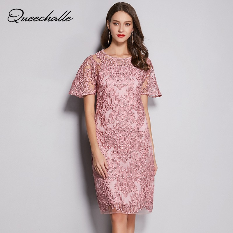 L 5XL Plus Size Lace Dress Pink 2019 Summer Short Sleeve Hollow Out Vintage Embroidery Midi