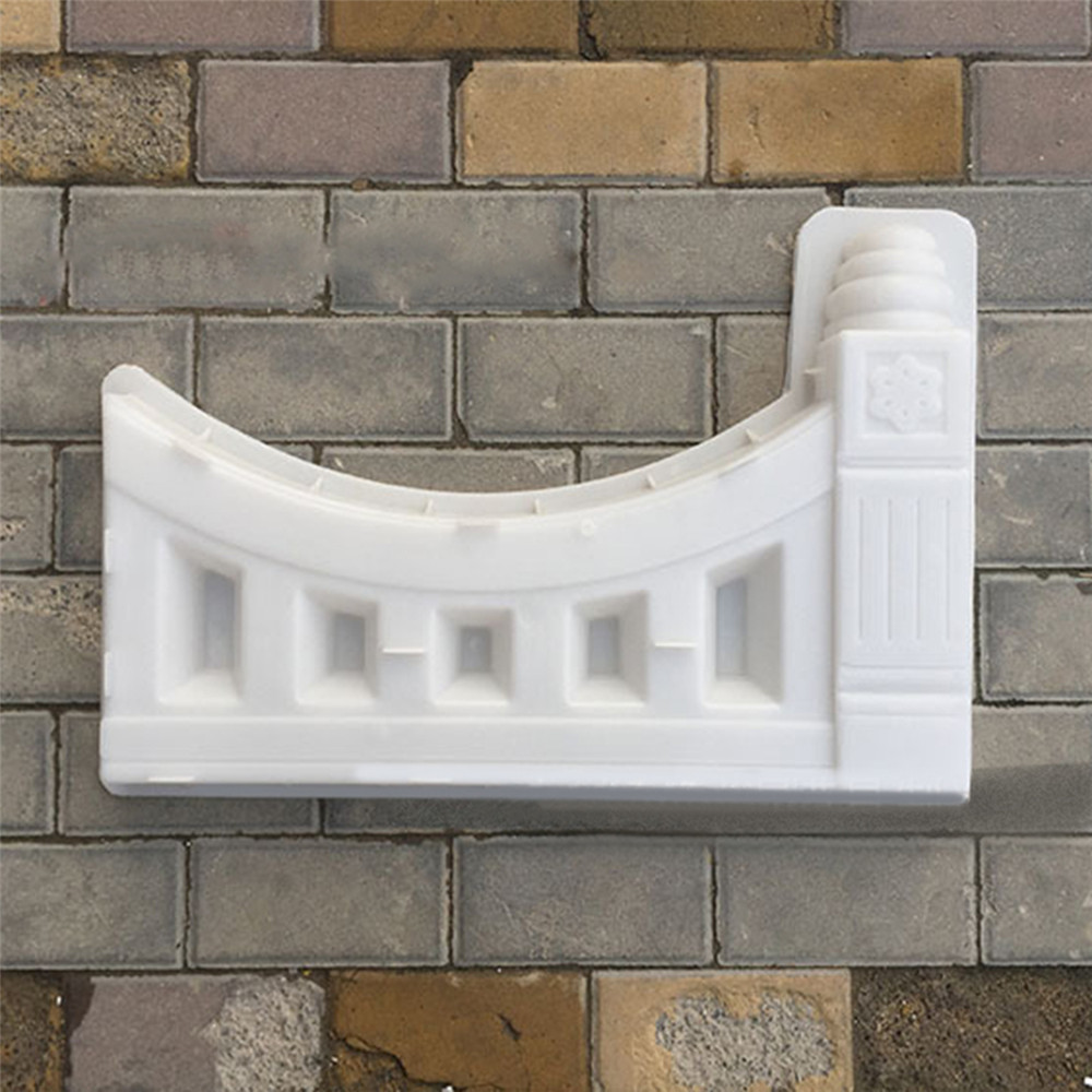 Antique Brick Mold DIY Concrete Fence Plastic Molds for Flower Pool Garden Courtyard Hole Paving Mold for Garden Building Supply