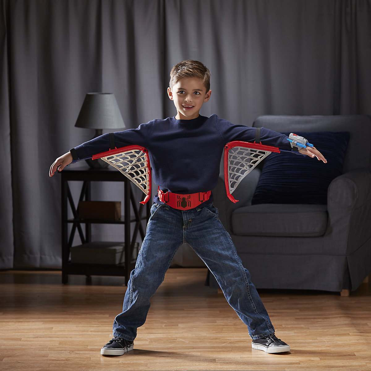 Фото - Hasbro  Costume Props 5104324 playsets childrens costumes aprilpromo Avengers Marvel Spider Man dvotinst baby photography props wooden posing bed fotografia accessories infant toddler studio shooting photo props shower gift
