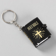 Cute Mini English HOLY BIBLE Keychains Religious Christian Jesus Cross Keyrings Women Bag Gift Souvenirs holy bible christian books in bible 25k the old and new testament book modern chinese english versions pocket size