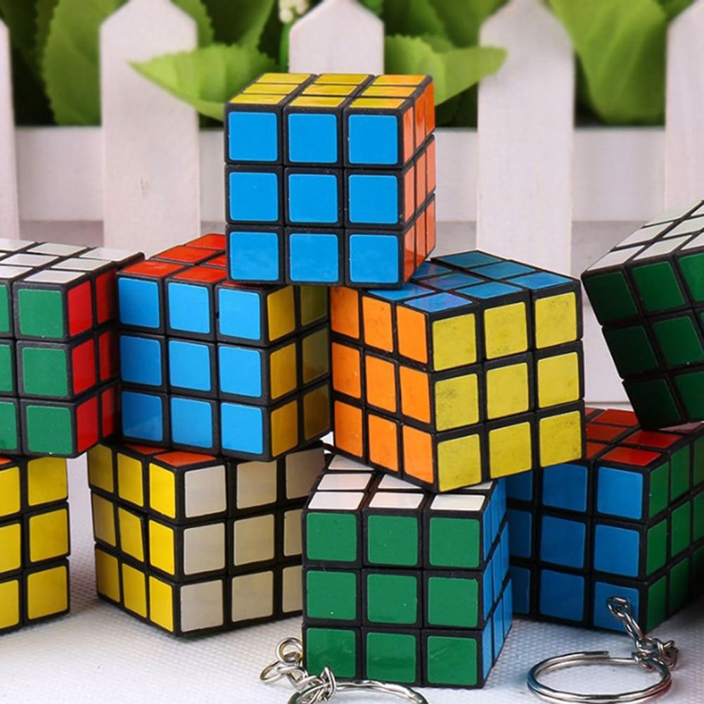 Fashion Mini Car Keychain Cube Puzzle Magic Game Toy Key Keychain Cube Phone Pendant Key Ring