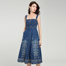 Paris Latest Fashion Week Spring and Autumn Camisole Sexy Dress Heavy Embroidery A-line denim dress spaghetti strapless
