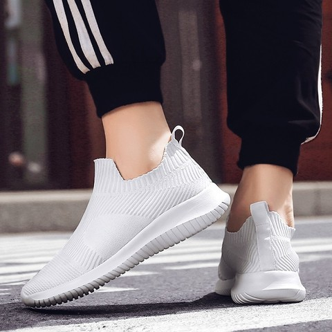 Running Shoes for Man 2019 summer Brand Sports jogging footwear Outdoors Lightweight Breathable man sock Sneakers hot sell Multan