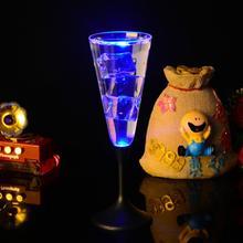 Креативный светодиодный Индуктивный стакан для воды, светящееся шампанское, пиво, вино, чашка для жидкого фруктового сока, стеклянная кружка, праздничные вечерние посуда для напитков