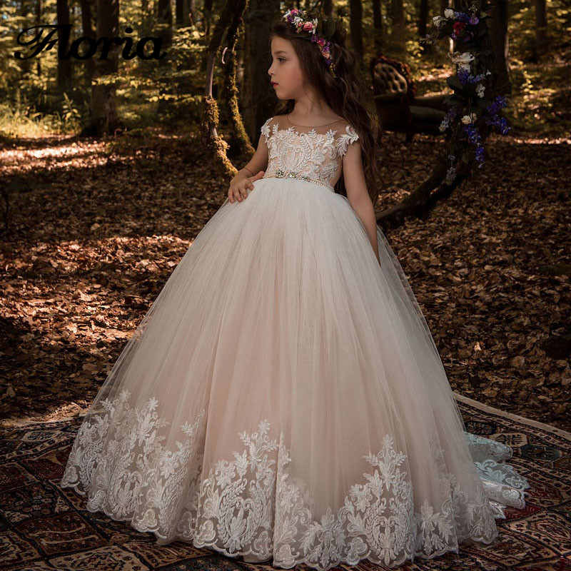 Beautiful Lace Floral   Flower     Girl     Dress   2019 First Communion   Dress   V Back Champagne Kids Tulle Pageant Ball Gown for Prom Party
