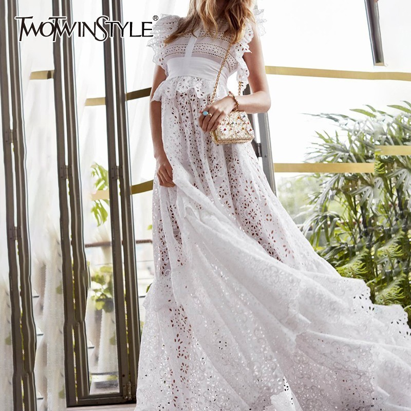 TWOTWINSTYLE Vintage Lace Patchwork Long Dress Women Hig Waist Sleeveless Hollow Out Madi Dresses Female 2019