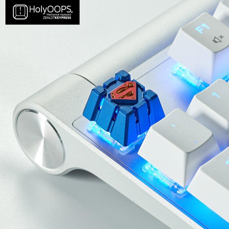 1 pc Holyoops 3D métal porte-clés rétro-éclairé en alliage d'aluminium mécanique clavier clé Cap pour DC Superman Batman