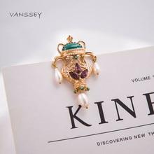 56f967ef226b Vanssey Vintage Swan botella verde Natural de agua dulce perlas de vidrio  de oro tono broche Pin accesorios para mujeres 2017 Nu.