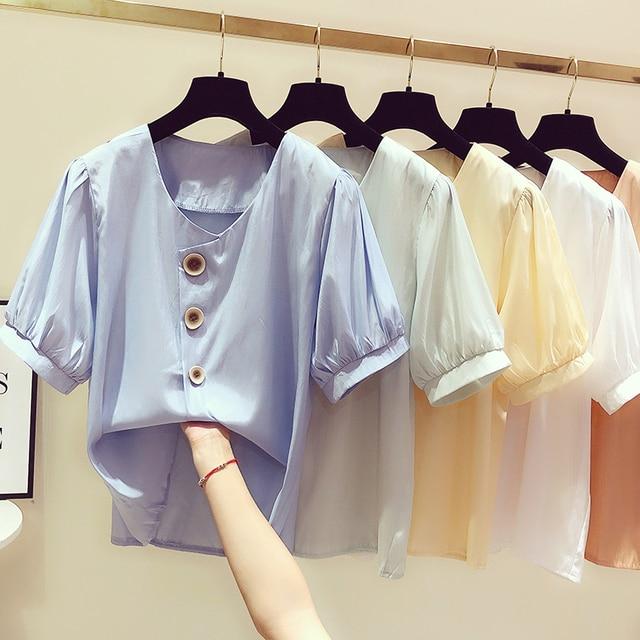 f7daff550 Verano de las mujeres ronda cuello blusas 2019 básico femenino camisa  chiffon Botón Línea Corea damas inteligente tCasual tops traje con falda
