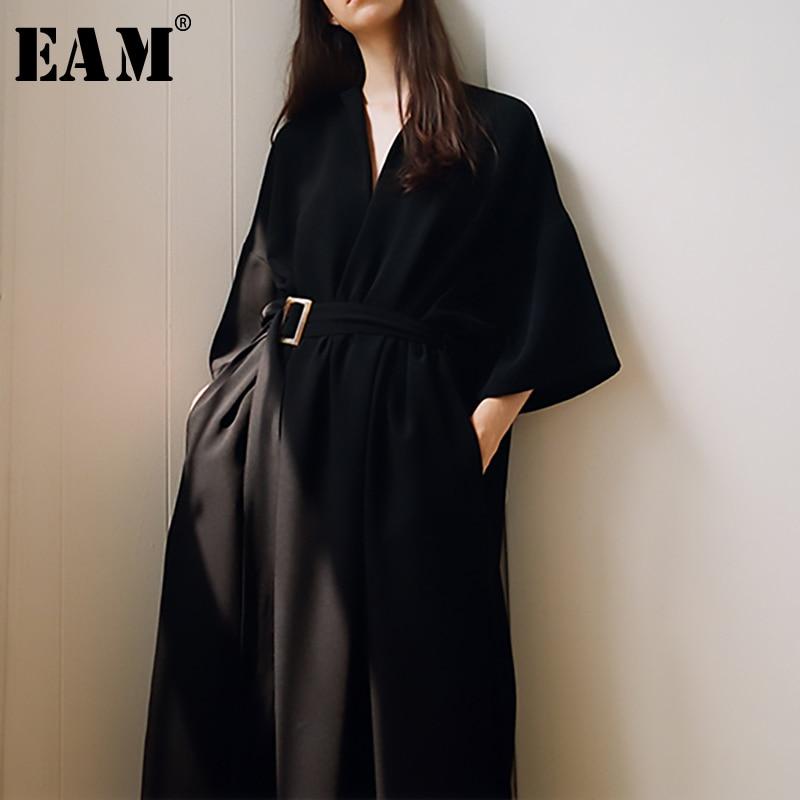 [EAM] 2020 New Spring Summer V-Neck Half Sleeve Black Loose Waist Bandage Pocket Long Big Size Dress Women Fashion Tide JT063