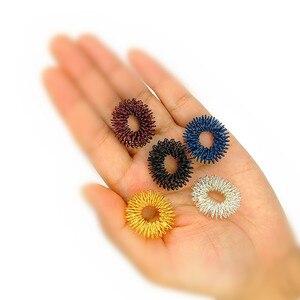 Image 5 - 5pcs אצבע לעיסוי עיסוי טבעת בריאות סט בריאות לשימוש כלים אקופרסורה דמות לעיסוי להירגע אצבע יד טיפול