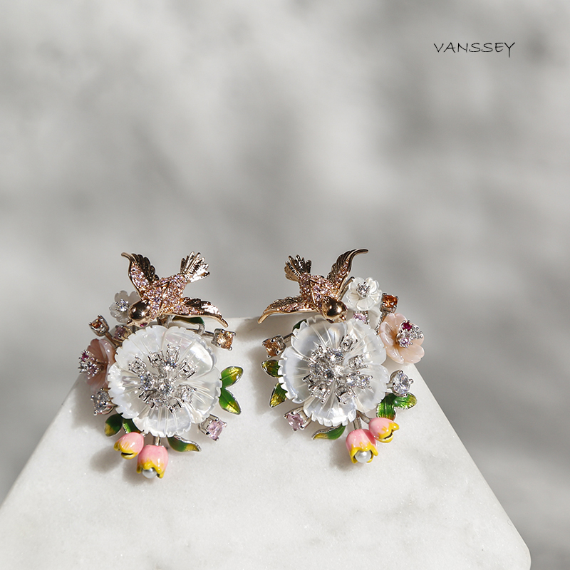 Vanssey Fashion Jewelry Flower Bird Natural Mother of Pearl Shell Enamel Cubic Zirconia Earrings Accessories for