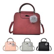 Nouveau Femmes Sac D emballage De Mode Simple PU Épaule Simple Messenger  Affichage Sac Fourre 160fc705167
