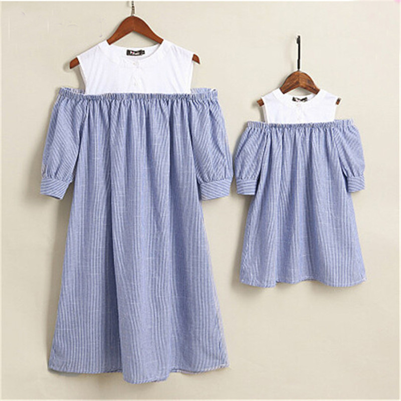 Family Matching Outfits  Off shoulder Beach Dress for Family Looking Clothes Women Girl Dress