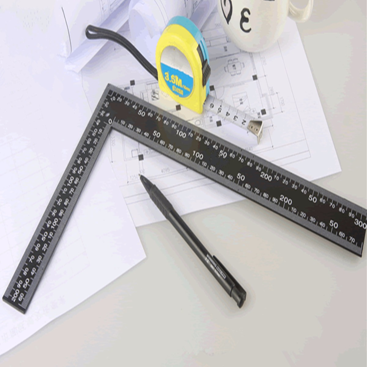 Steel Right Angle Ruler Roofing Square Framing Carpenter Black 20x30cm Useful