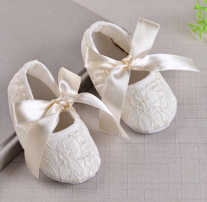 Newborn Baby Girl Crib Shoes Princess Lace Flower Bowknot Soft Sole Sneaker Prewalker