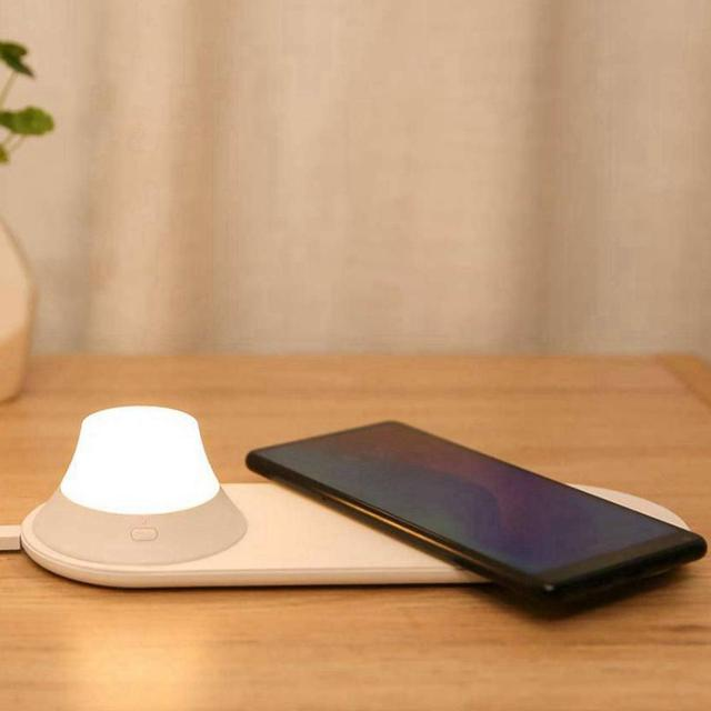 Xiaomi Yeelight Wireless Charging Night Light Intelligent Mobile Phone Charging Night Light Portable Lamp Travel Hotel Use