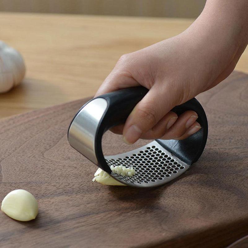 Stainless Steel Masher Home Kitchen Mincer Tool Garlic Press Crusher Squeezer