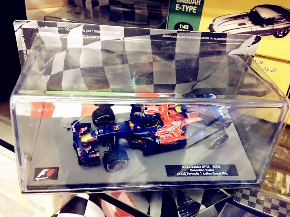 1/43 IXO F1 TORO ROSSO STR3 2008 Sebastian Vettel Diecast Car