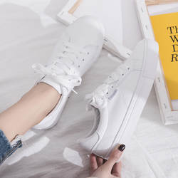 Весенняя новая модель, маленькие белые туфли Джокера, женские кожаные корейские студенческие туфли, женские кроссовки на плоской подошве