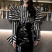 TWOTWINSTYLE Striped Shirts Blouse Women O Neck Lantern Long Sleeve Vintage Elegant Tops Female 2019 Spring Fashion Clothes
