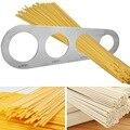 Vier Löcher Spaghetti Vermesser Edelstahl Pasta Nudel Messen Küche Zubehör-in Spaghetti-Messer aus Heim und Garten bei