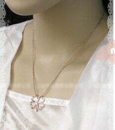 목걸이 고품질 중공 사랑 네 잎 클로버 펜던트 목걸이 스웨터 체인 어머니의 날 합금 보석 선물