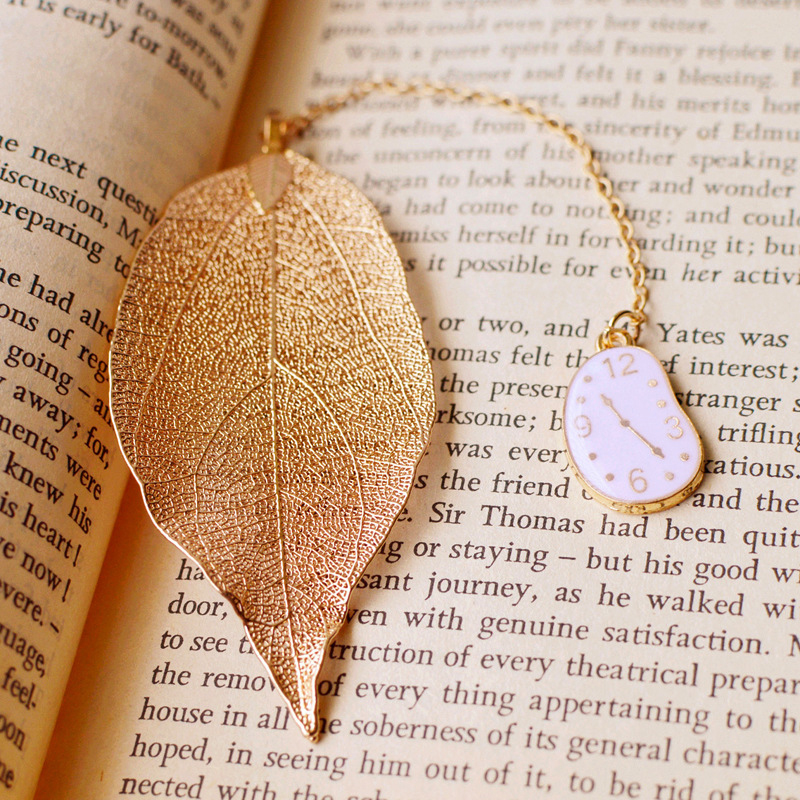 EZOBE Metal Bookmark Lovely Alice Rabbit Book Marks High-Grade Gold Leaf Texture Reading Pages Books Mark Student Stationery