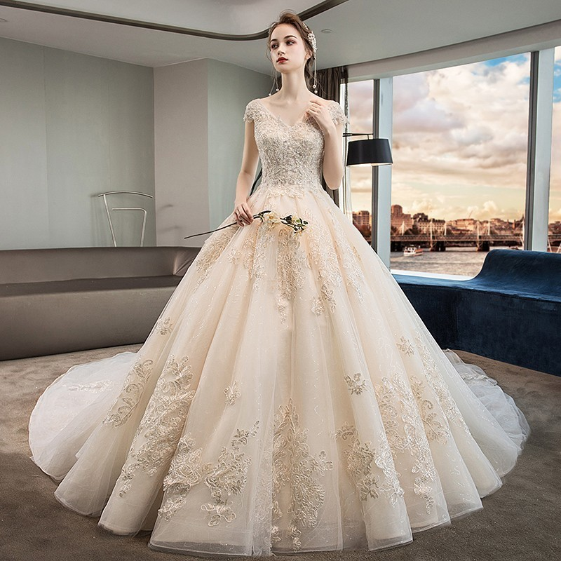 Elegant Short Sleeve Champagne Wedding Dress Plus Size Luxury Ball Gown  Wedding Dresses 2019 Gold Lace Princess Wedding Gowns