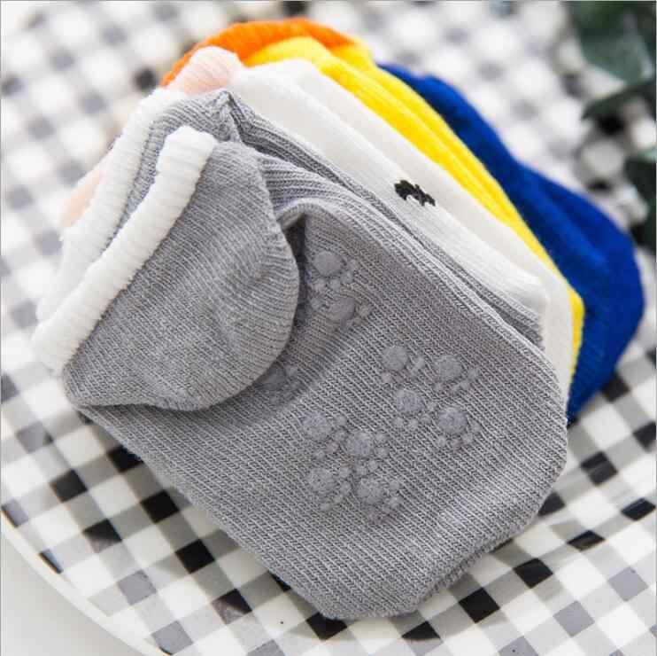 Maya stepan piso do bebê menino menina crianças sorriso infantil algodão anti skid deslizamento da criança chinelo meia listrado recém-nascido barato coisas