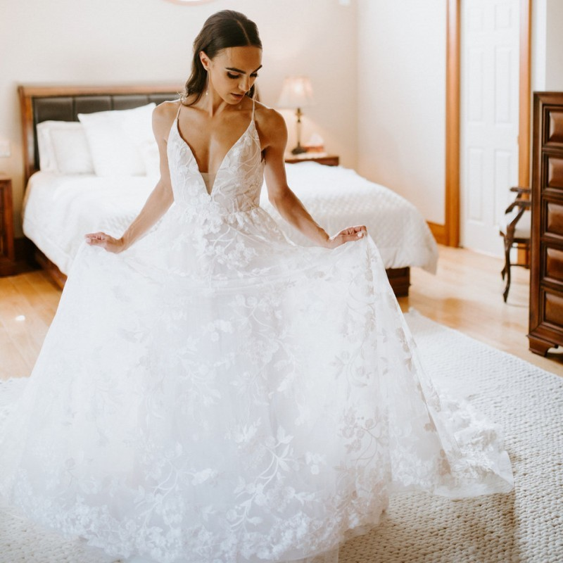 Wedding Gowns Simple Backless Alibaba Wedding Dresses 2019 V-neck Criss-cross Sheer Wedding Dress Custom Made