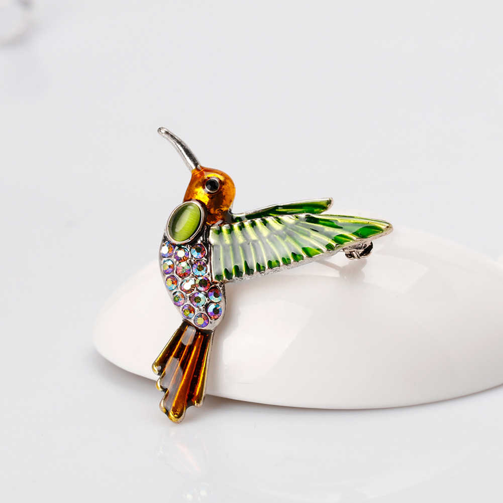 Hot Fashion Gaya Barat Paduan Hummingbird Berlian Imitasi Pin Bros Pakaian Aksesori