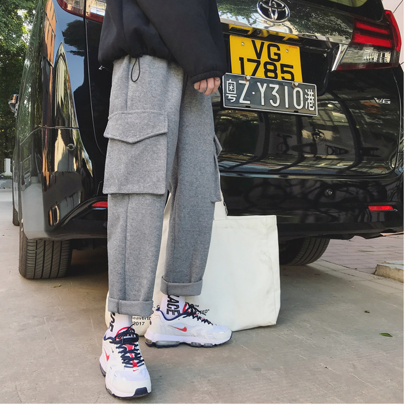 2018 Winter Thickening Material Cargo Pants Solid Color Loose Straight Pants Large Pocket Gray Sweatpants Trousers Men M-2XL